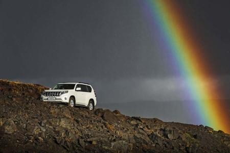 Toyota Coche Lluvia arco iris