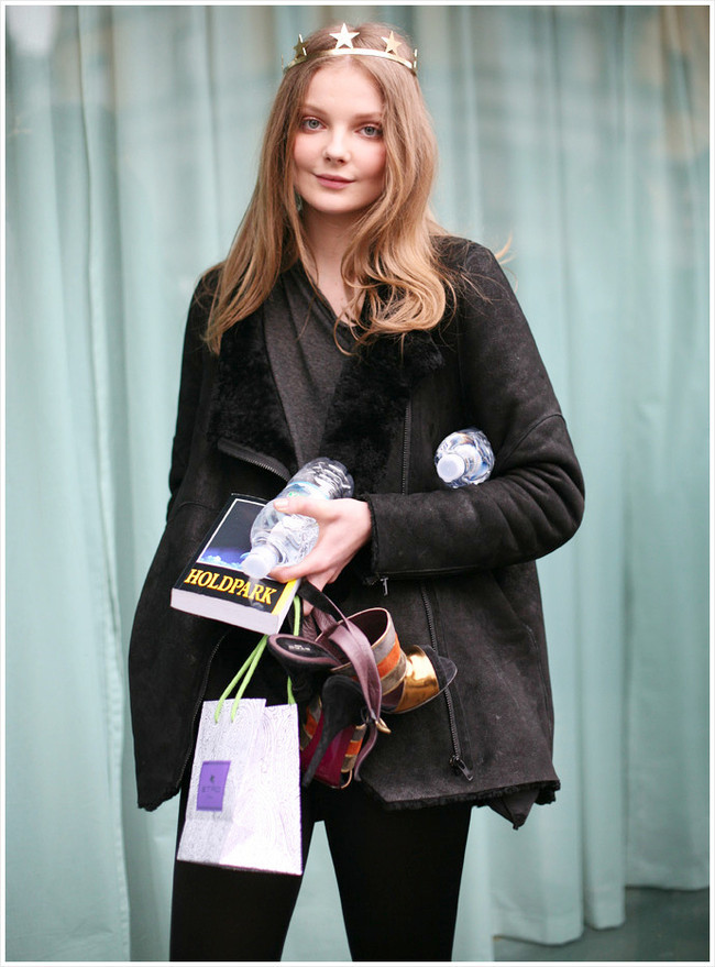 Foto de Eniko Mihalik, estilo dentro y fuera de la pasarela  (18/19)
