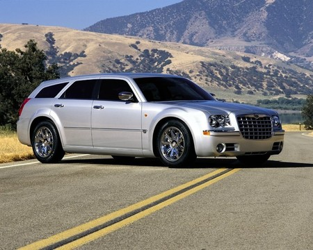 Chrysler 300C Touring (2005)