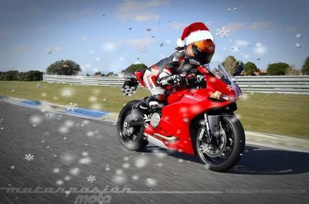¡¡Motorpasión Moto os desea Feliz Navidad!!