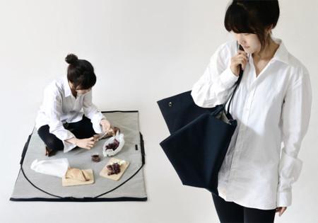 Es época de picnic... y de hacerlo con estilo con este bolso-manta