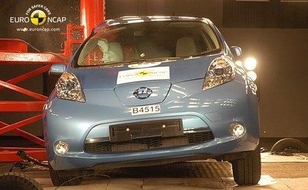EuroNCAP-Nissan-LEAF-2011-pole