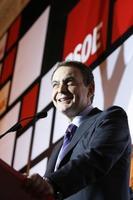 Zapatero gana las elecciones: resumen de sus promesas económicas