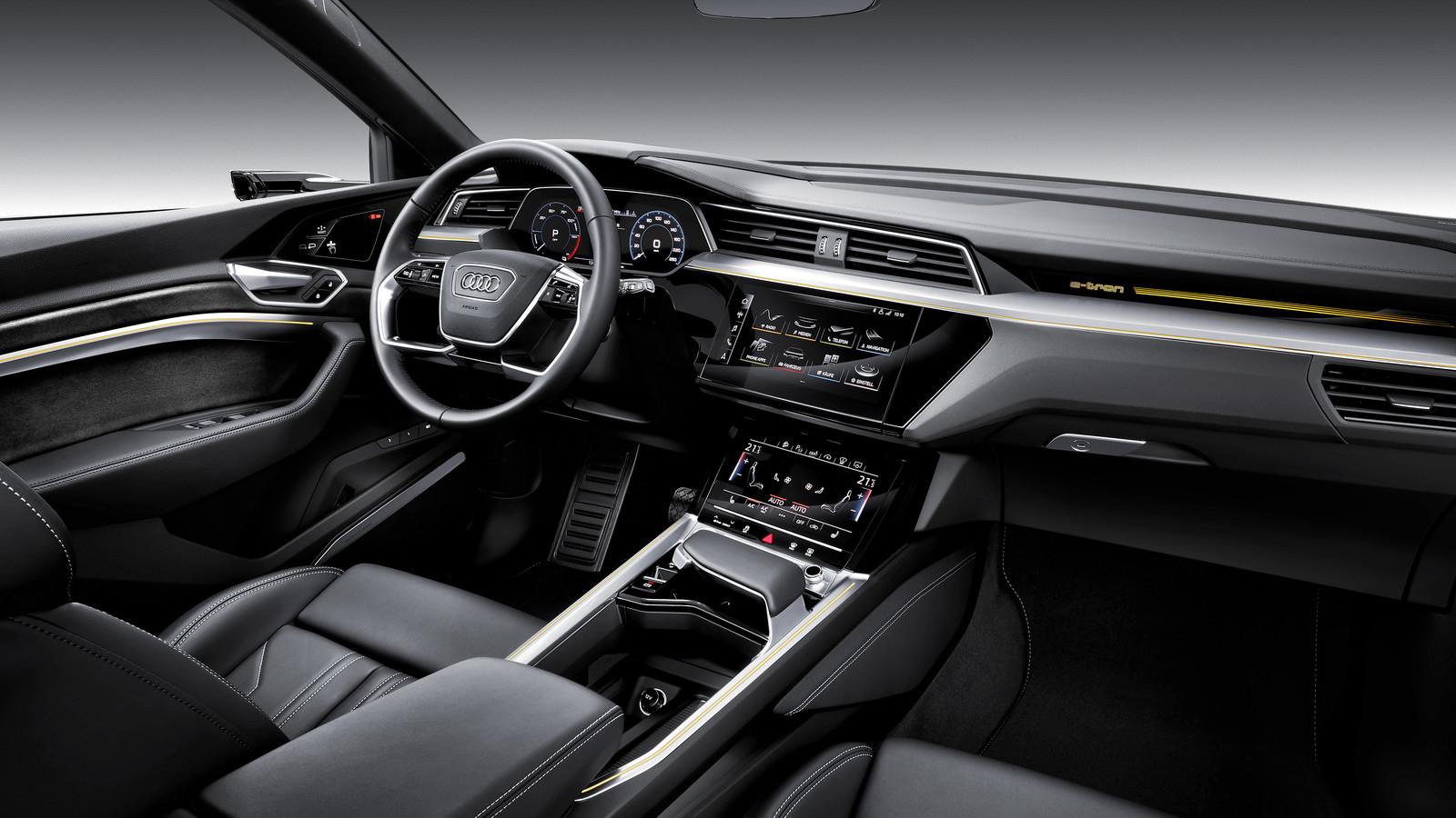 Foto de Audi e-tron (20/37)
