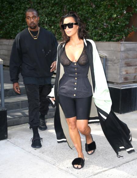 Kim Kardashian Look Mallas Deportivas 2