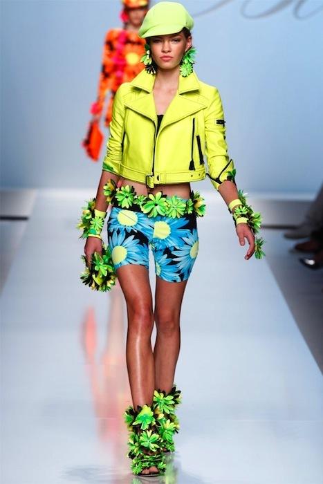 Foto de Tendencias Primavera-Verano 2012: vístete de subrayador con los colores flúor (4/12)
