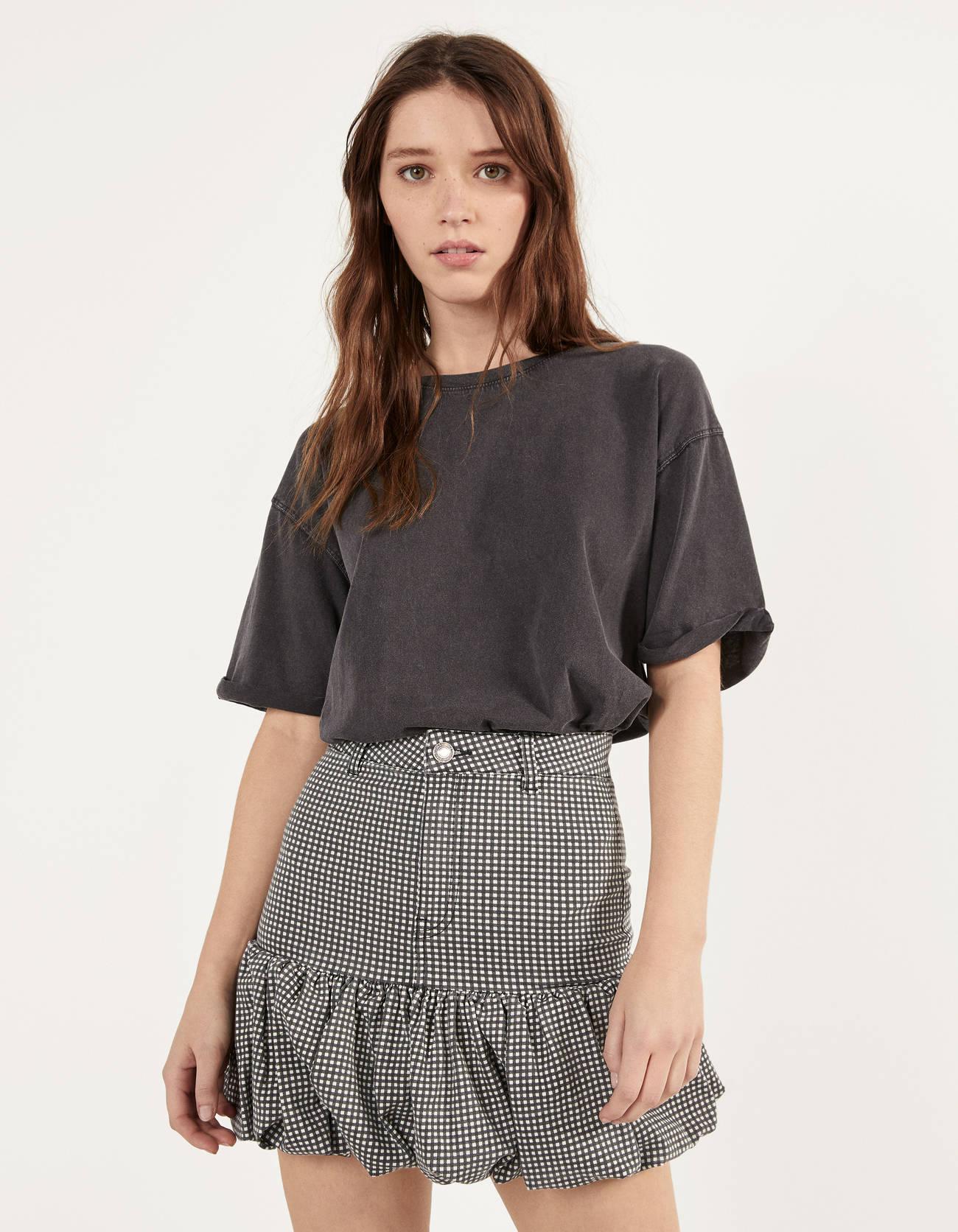Minifalda con volumen