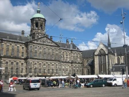 Plaza Dam Amsterdam Palacio Real e Iglesia Nueva