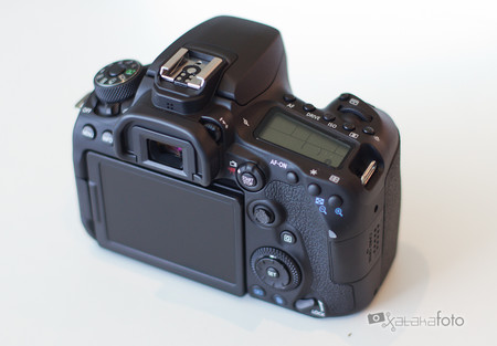 Toma Contacto Canon Eos 90d 4
