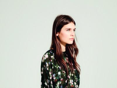 El minimalismo de Pedro del Hierro enamora en su catálogo Primavera-Verano 2016