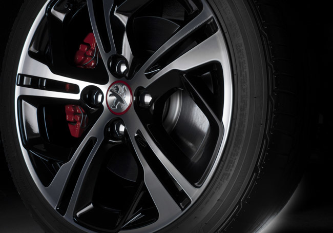 Foto de Peugeot 208 GT 2014 (7/11)