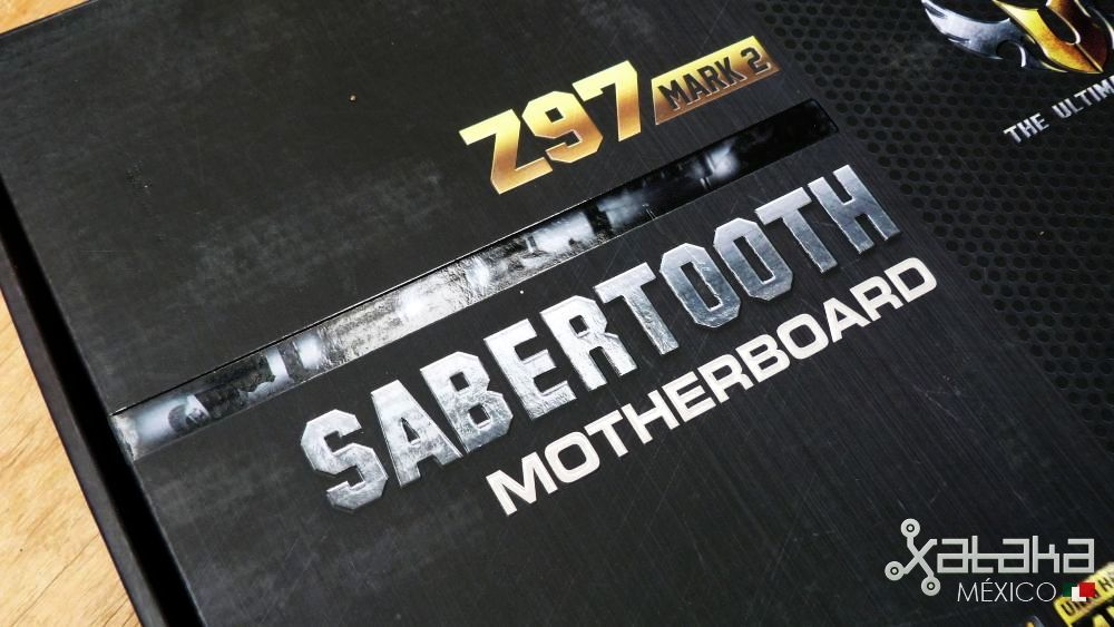 Foto de ASUS Sabertooth Z97 Mark 2: Empaque (1/8)