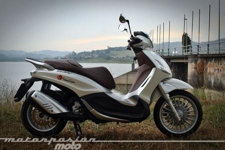 Piaggio Beverly 300ie, prueba (conducción en ciudad y carretera)