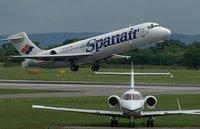 Spanair cesa su actividad, Ryanair se lanza a por su bocado