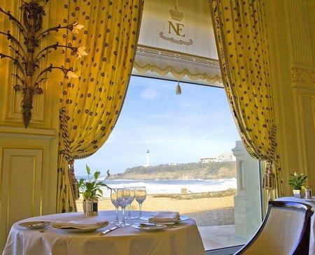 Un lujo de Navidad: el menú de Nochevieja y el Brunch Imperial del 'Hotel du Palais', Biarritz