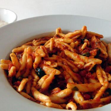 Capunti a la puttanesca, receta italiana sencilla