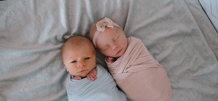 Las conmovedoras fotografías de dos gemelos recién nacidos antes de que uno de ellos muriera