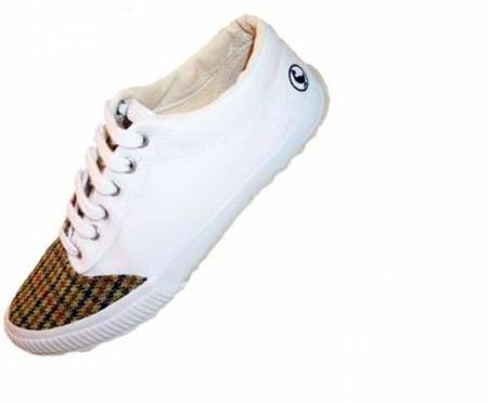 Zapatillas 'El Ganso', lo más chic en zapatillas