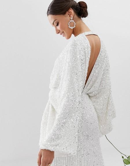 Las novias con vestidos low-cost son una realidad. Ocho diseños para dar el sí, quiero desprendiendo estilo con poco presupuesto