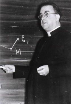 El sacerdote católico Georges Henri Lemaître