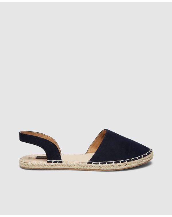 Zapatos cómodos en UNIT moda