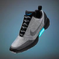 Con HyperAdapt 1.0, Nike llevará las zapatillas de volver al futuro a todo el mundo
