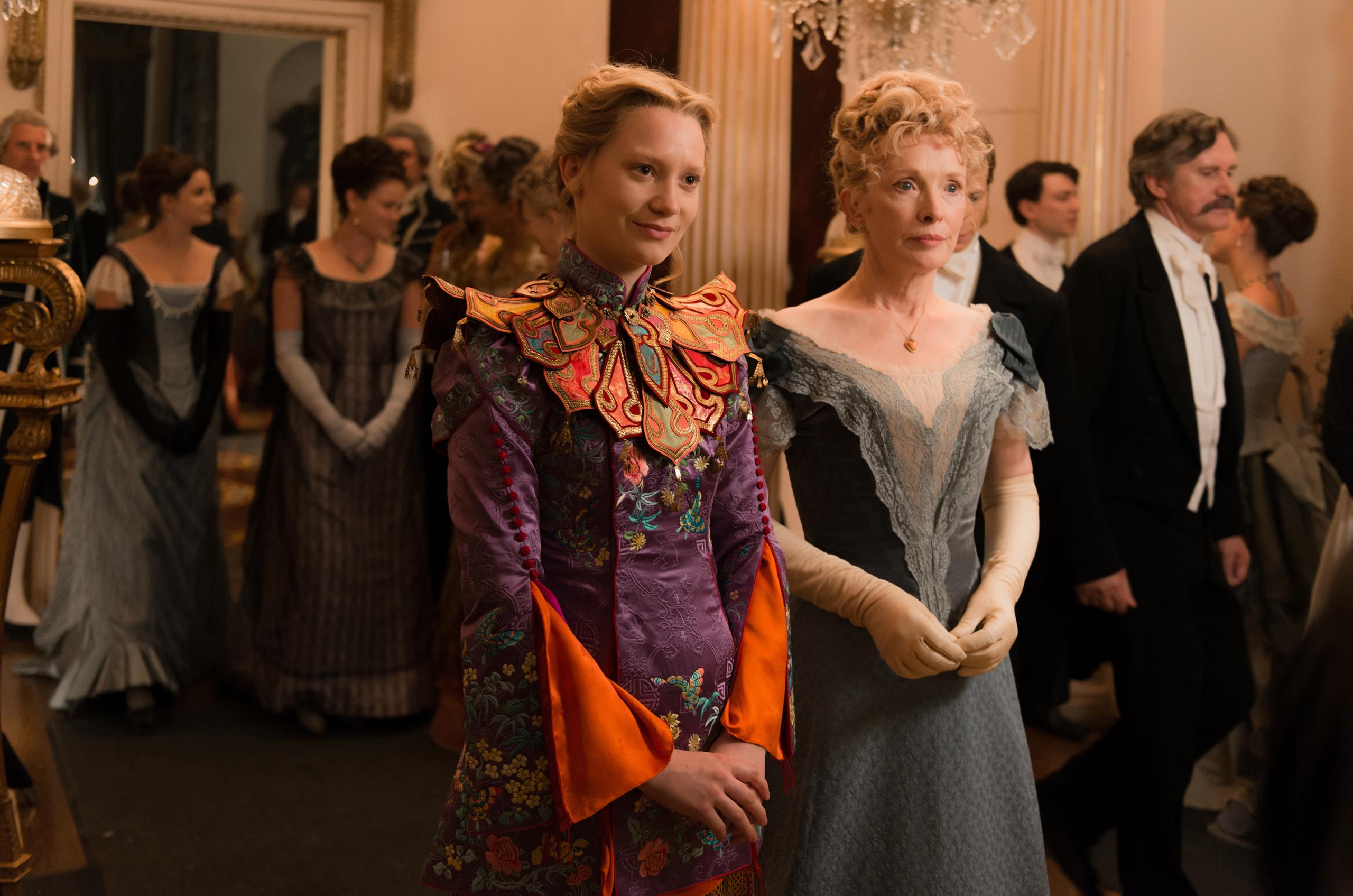 Foto de Vestuario película 'Alicia a través del espejo' (8/13)