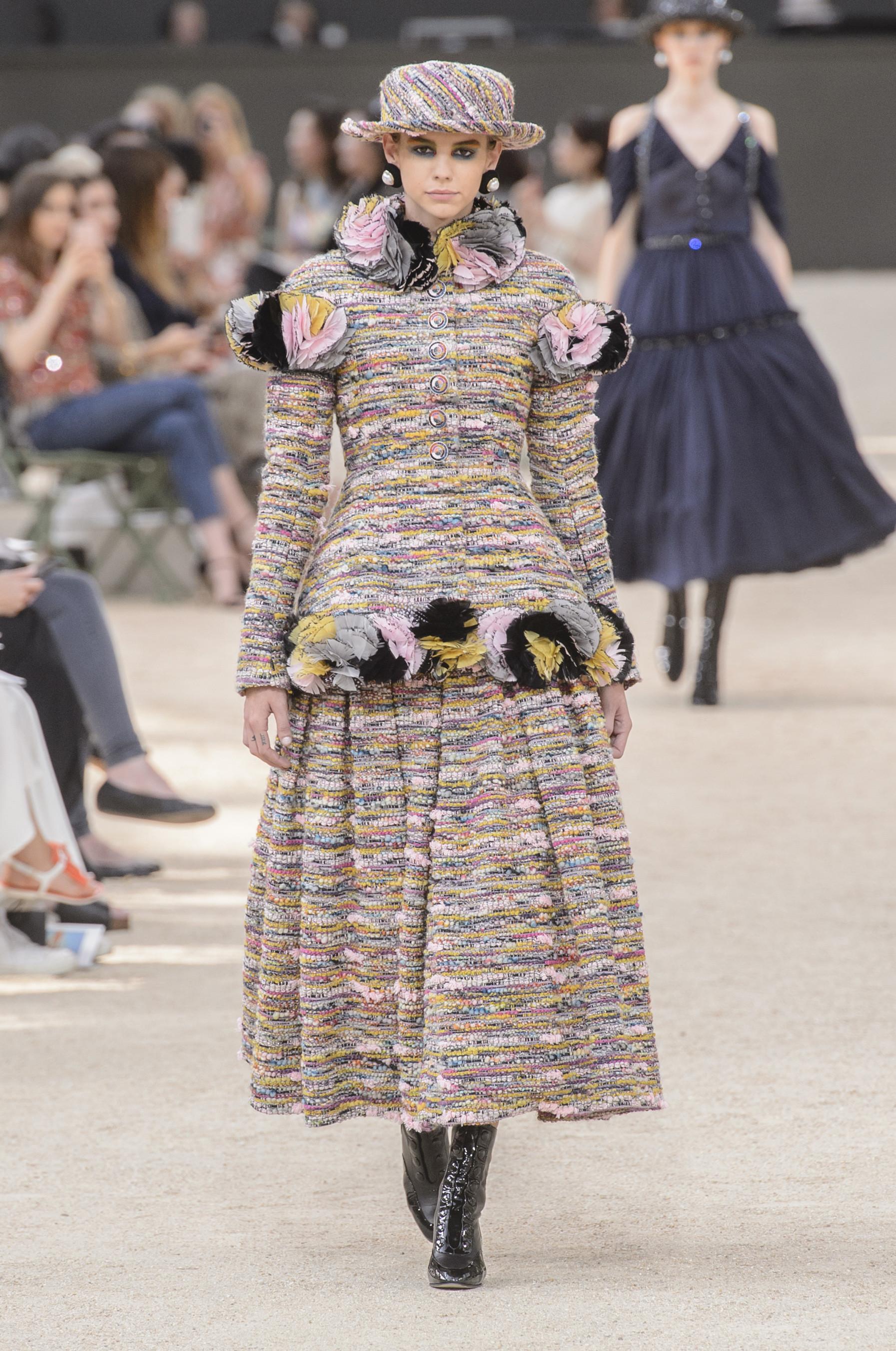 Foto de Chanel Alta Costura Otoño 2017 (29/64)
