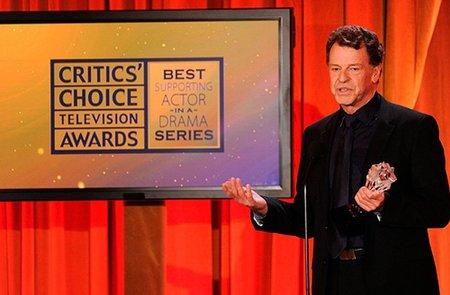 Critics' Choice Awards: los críticos premian a los de siempre... ¡Y a 'Fringe'!
