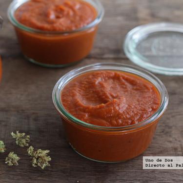 Cómo hacer salsa de tomates asados, la receta clásica (pero con mucho más sabor)