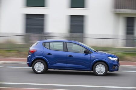 Dacia Sandero 2020 007