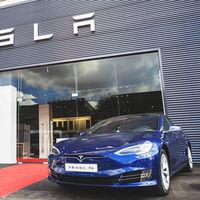 Tesla tendrá que indemnizar a sus clientes en Noruega por haber reducido la velocidad de carga (y autonomía) del Model S