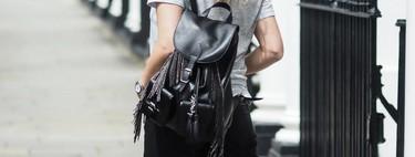 Saint Laurent ha diseñado con Google la primera mochila inteligente que permite controlar el móvil solo tocando su asa