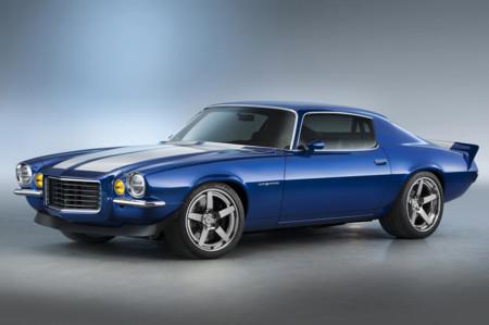 """¿Qué tal un Chevrolet Camaro de 1970 """"restomod"""", con un V8 moderno bajo el capó?"""