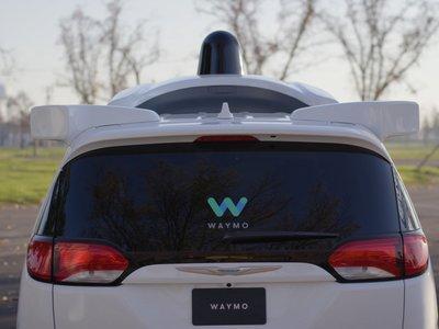 Waymo (Google) demanda a Uber por robo de información secreta para el desarrollo de coches autónomos