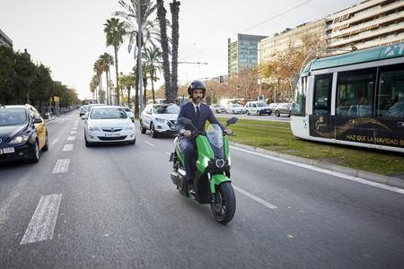 SEAT se pasa también a las motos eléctricas y venderá la Silence S01 a flotas y particulares