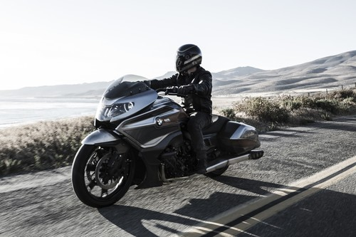 BMW Motorrad Concept 101, Bagger a la alemana