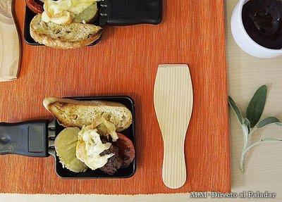 Minihamburguesas de salvia y jamón en raclette. Receta