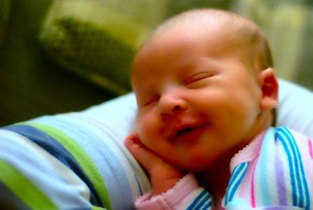 Teorías sobre la adquisición y desarrollo del lenguaje en el bebé: el interaccionismo