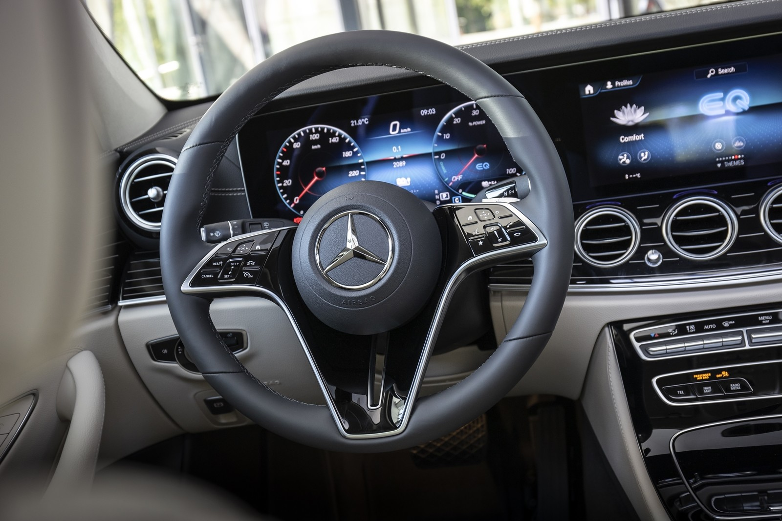 Foto de Mercedes-Benz Clase E 2020, prueba contacto (80/135)