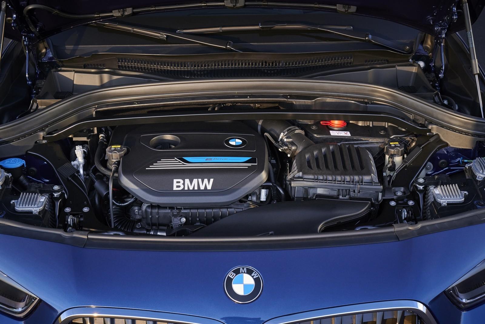 Foto de BMW X2 xDrive25e 2021 (22/53)