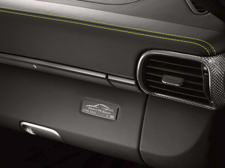 "Foto de Porsche 911 Turbo S ""Edition 918 Spyder"" (8/12)"