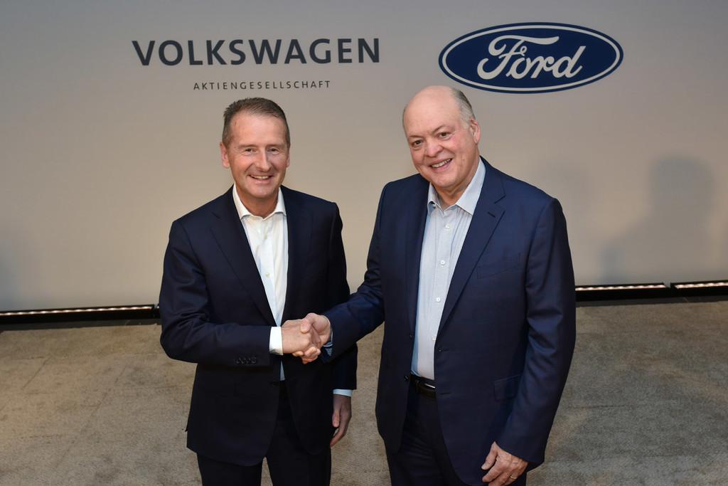 Ford y Volkswagen confirman su alianza para el desarrollo de coches eléctricos y vehículos autónomos