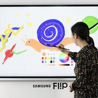 """Samsung Flip 2019: una pizarra interactiva de 65"""" con un nivel de precisión de escritura a la altura de los primeros Note"""