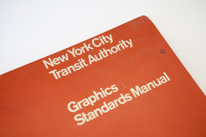 Foto de NYC Transit Authority Graphics Standards Manual (7/15)