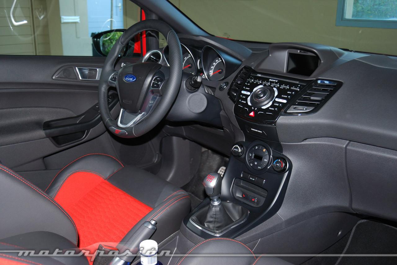 Foto de Ford Fiesta ST (presentación) (38/48)