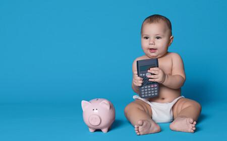 La llegada de un bebé supone un gasto de 7.700 euros en su primer año de vida, según una encuesta de la OCU