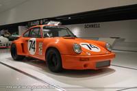 Un Porsche 911 de competición muy, muy gordo