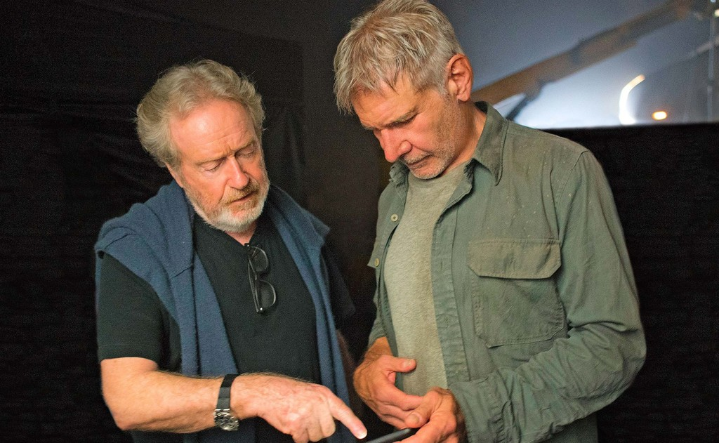 Ridley Scott y Harrison Ford en el rodaje de Blade Runner 2049