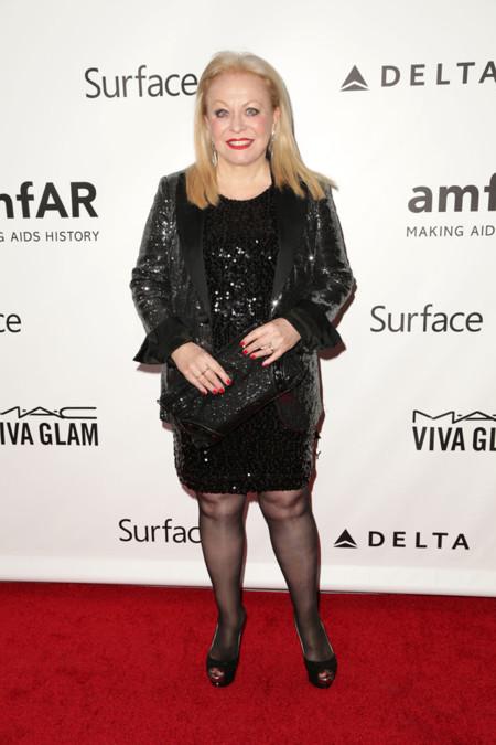 Peores vestidas de la AmfAR Inspiration gala 2013 Jacki Weaver